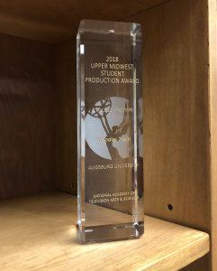 Crystal Pillar Award for College-Fiction