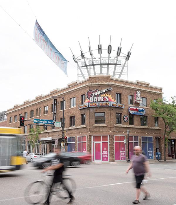 Calhoun Square Uptown Minneapolis