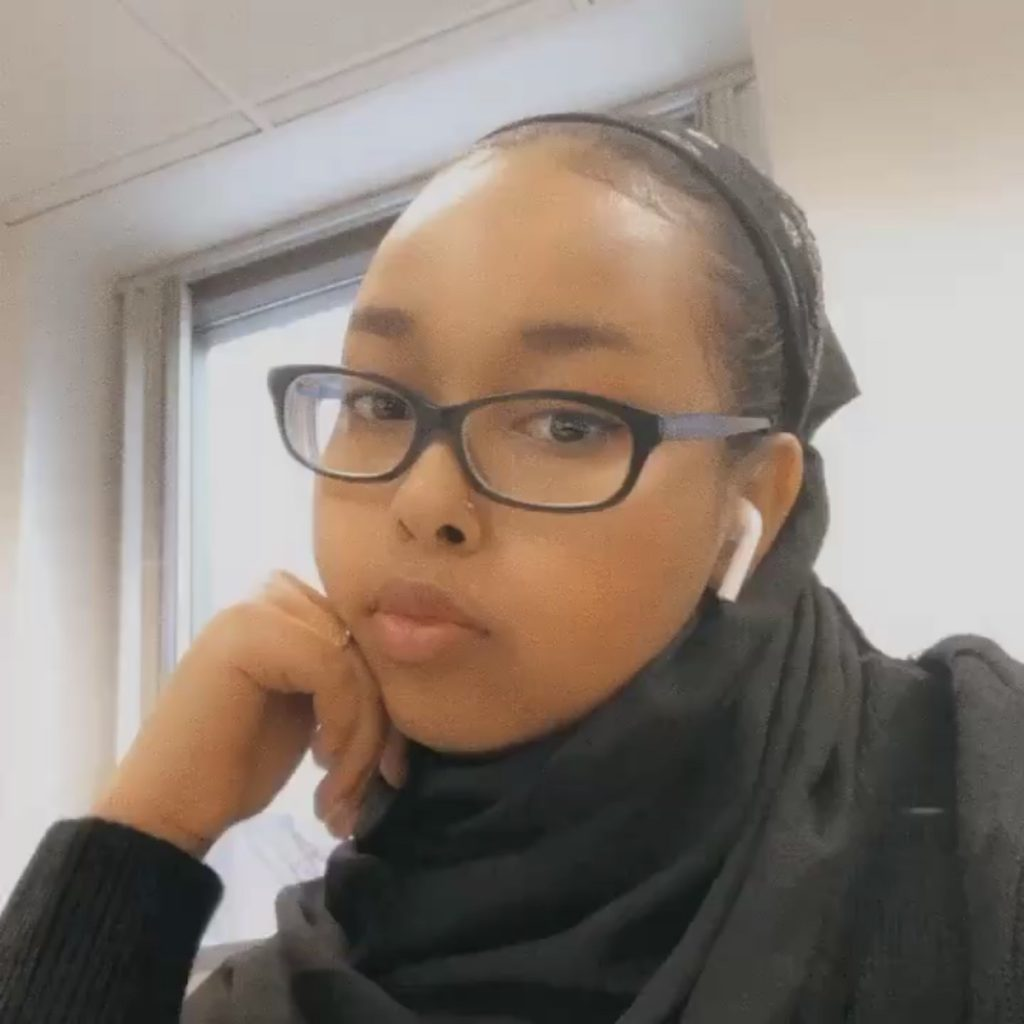 Salma Abikar '23