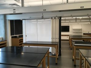 Movable room partitions