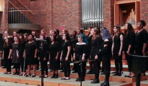 Image of the Riverside Singers ensemble performing