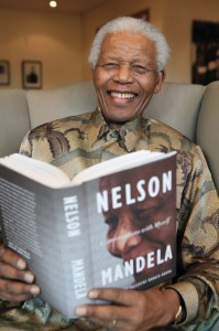 madiba_with_book_533_800_92_s