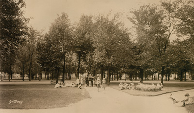 In 1872, Augsburg established its campus next to Murphy Square—Minneapolis' oldest public park—and this 1905 photograph by Sweet Studio shows children at play. The image is in the Minnesota Historical Society's collection and was enlarged for display in Murphy's, a dining establishment formerly located in the Christensen Center.
