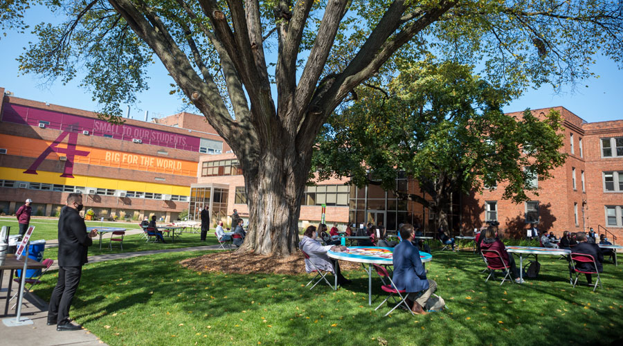 The quad transformed into an event space so students can safely attend the Bold speaker series