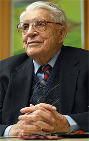 Photo of Professor Joel Torstenson