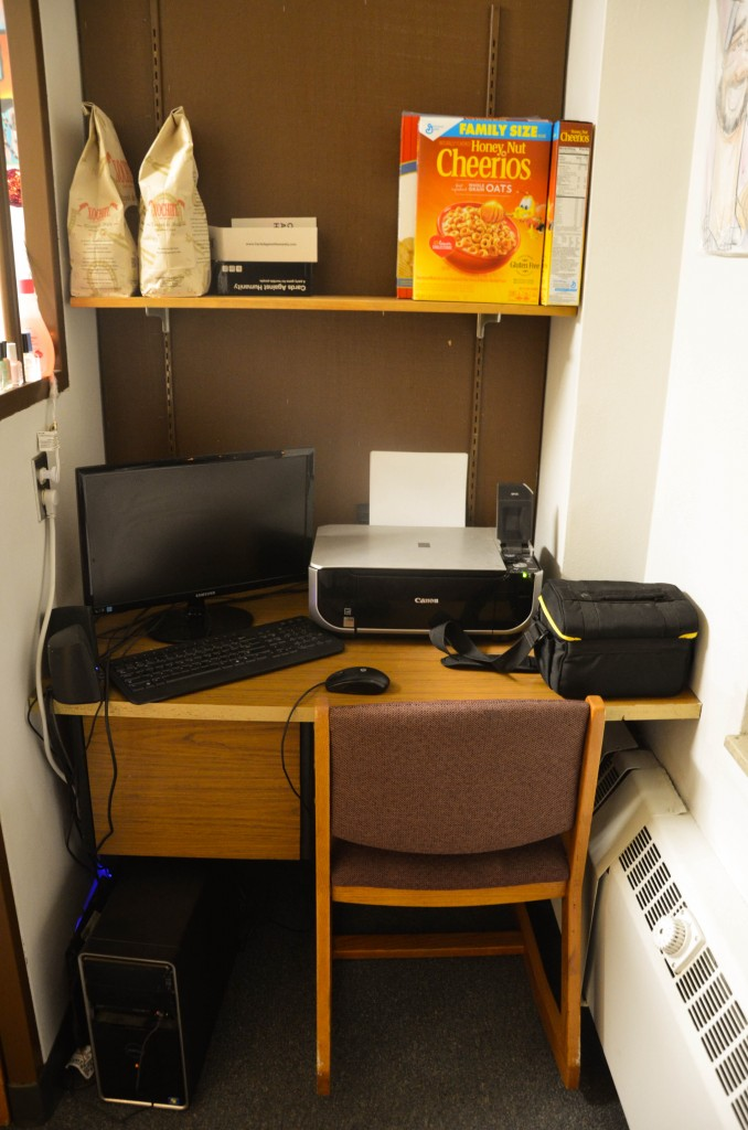 Urness desk and desk chair setup